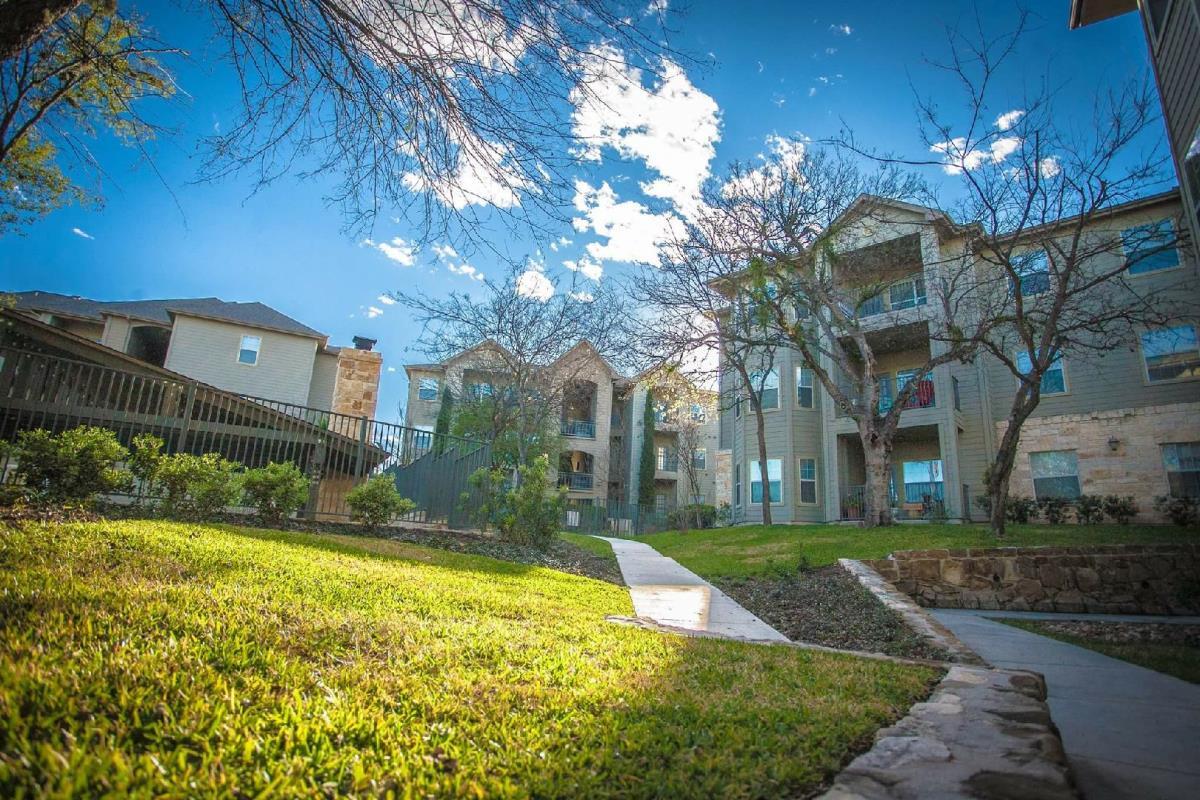 Remington Ranch Apartments San Antonio TX