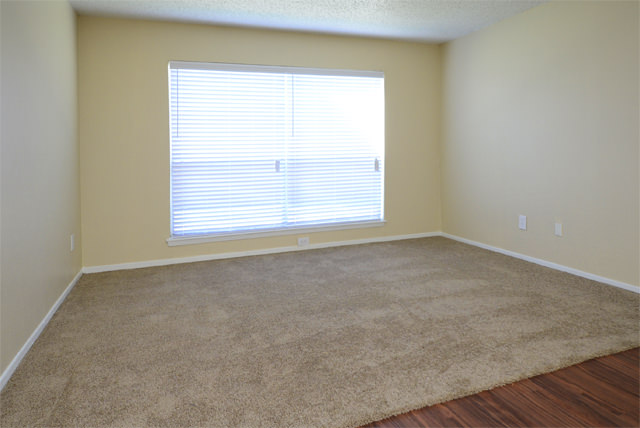 Living at Listing #135772