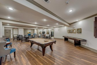 Gameroom at Listing #268424