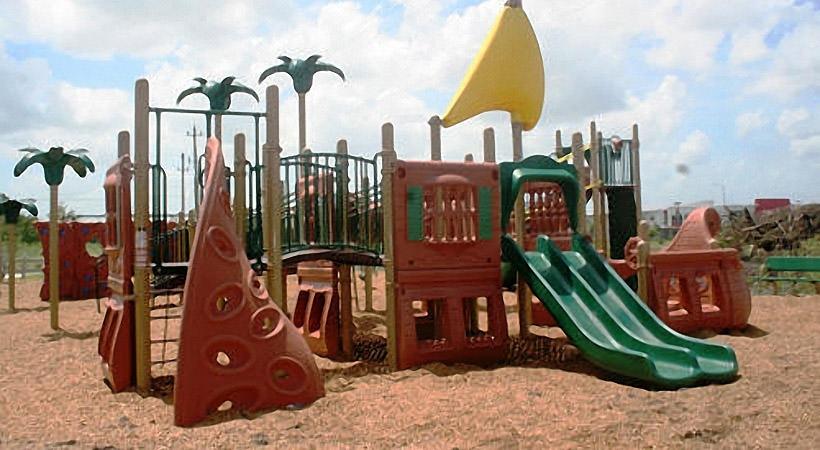 Playground at Listing #281814