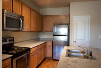 Kitchen at Listing #270539