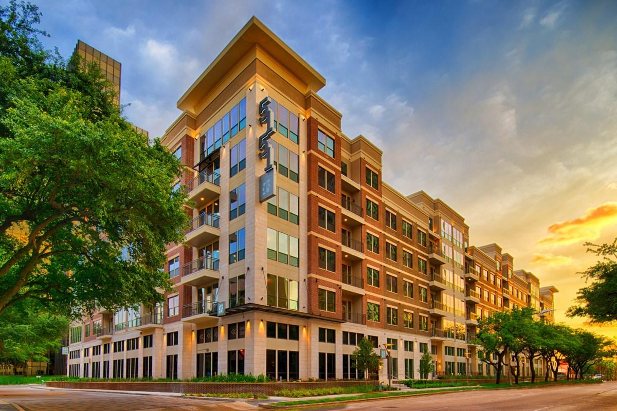 Alexan 5151 Apartments Houston TX