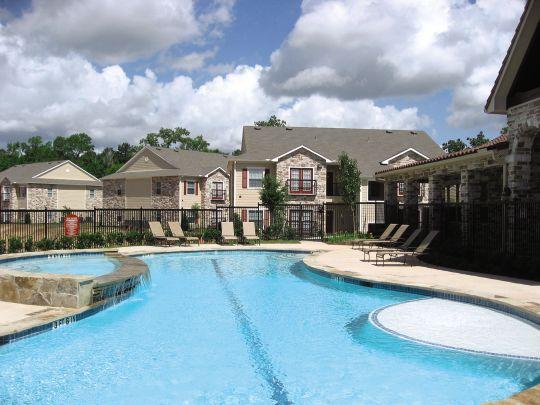 Oak Creek Apartments Conroe, TX
