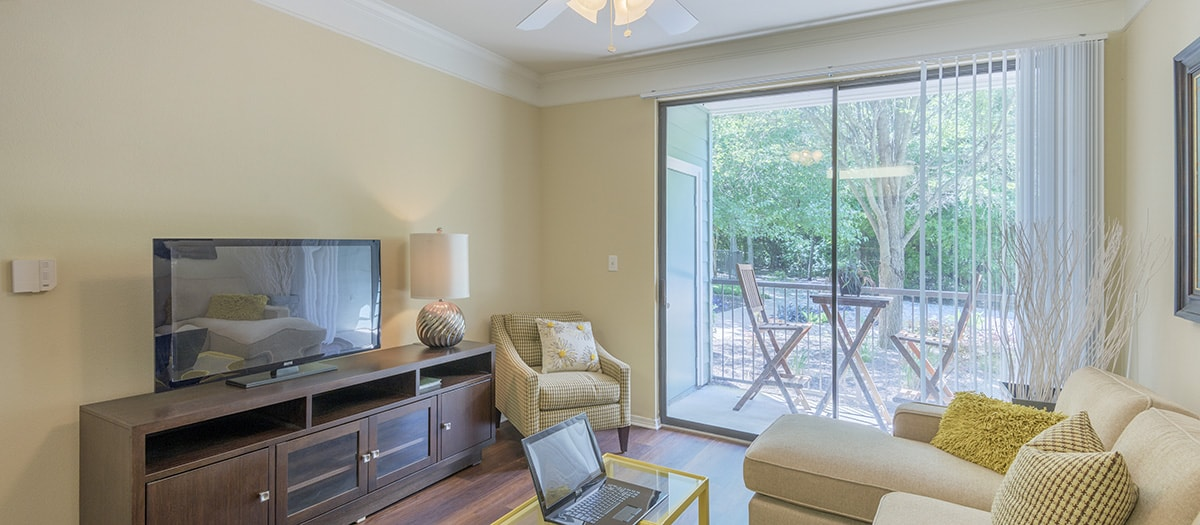 Living at Listing #140155