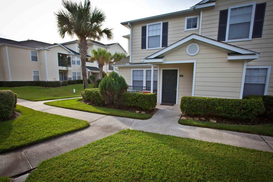 Exterior at Listing #140006