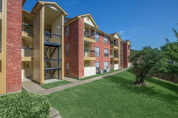 bellshire apartments conroe tx