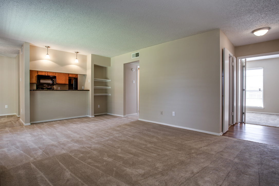 Living/Dining at Listing #136925