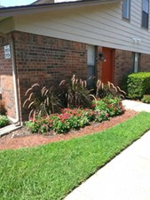 Exterior at Listing #137108