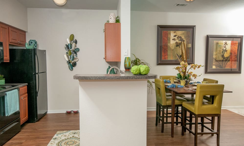 Dinning/Kitchen at Listing #144441