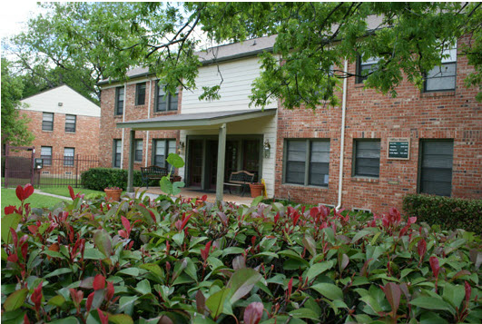 Exterior at Listing #137244