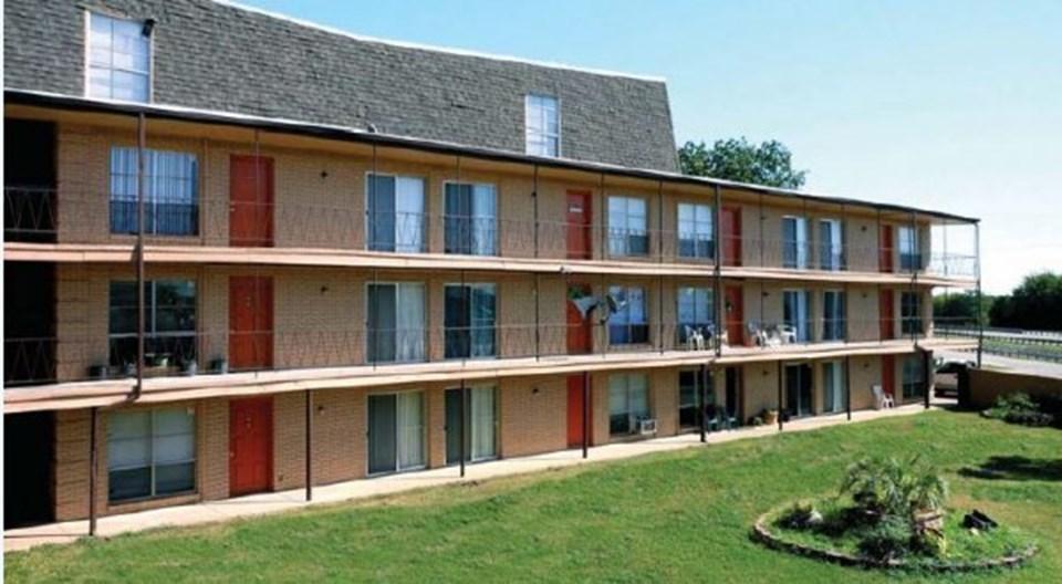 Cresent Ridge Apartments