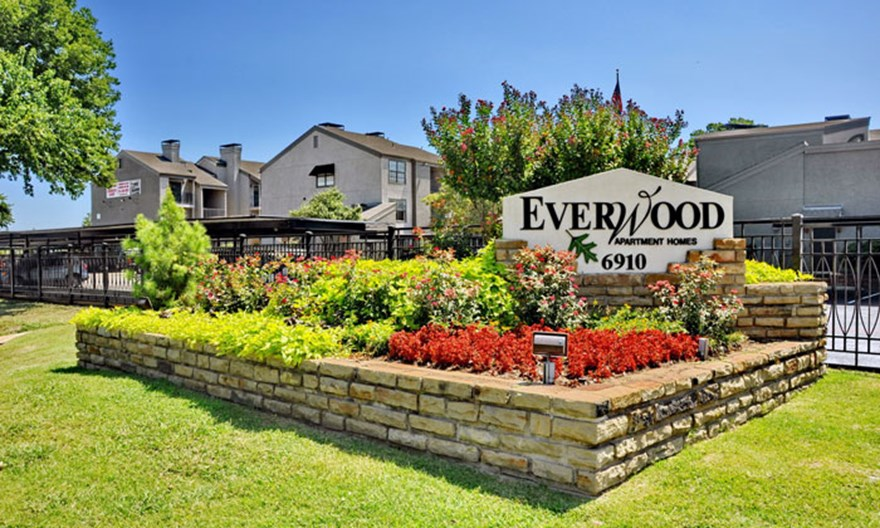 Everwood Apartments