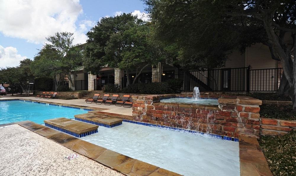 Pool at Listing #135690