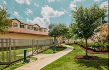 Courtyard at Listing #251431