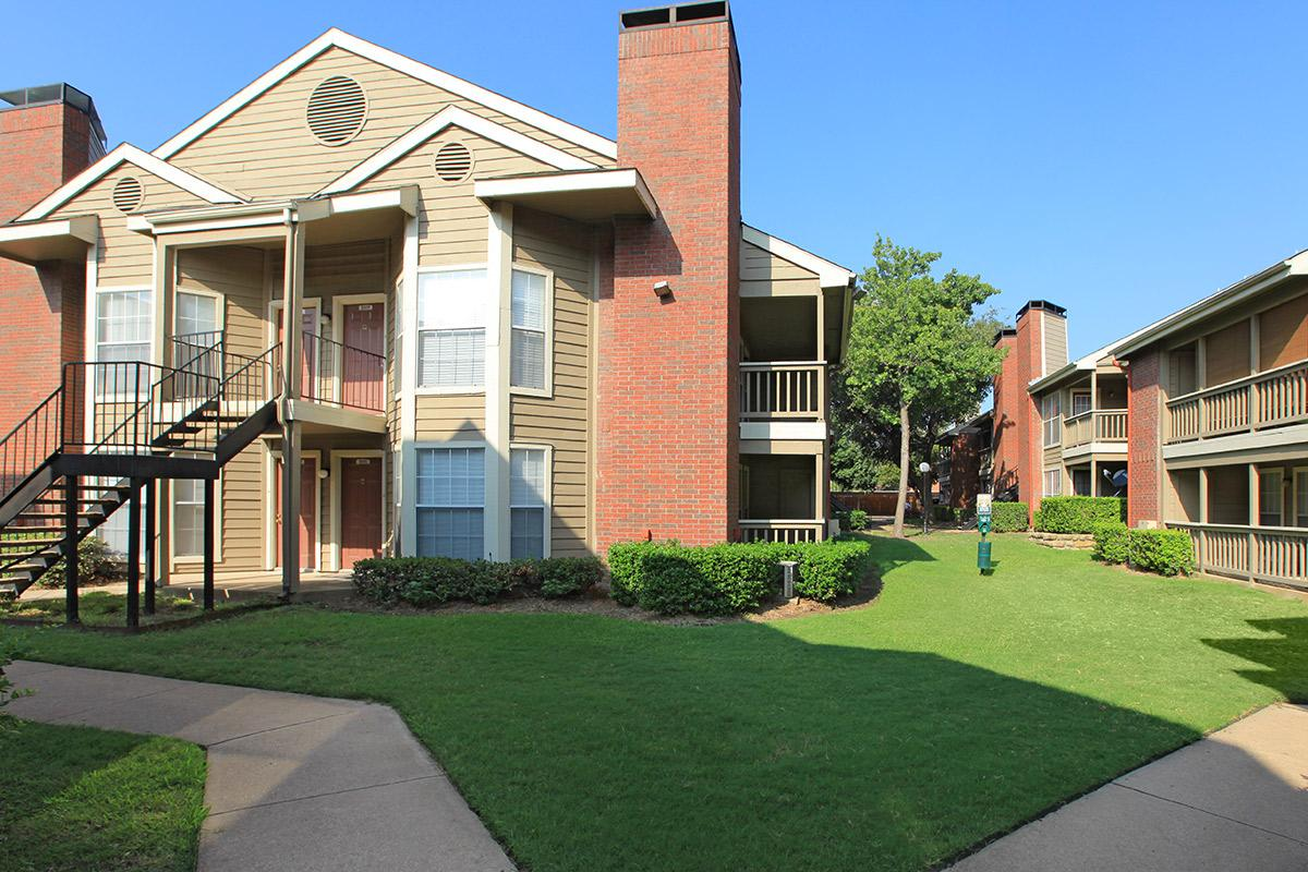 Pear Ridge Apartments Dallas TX