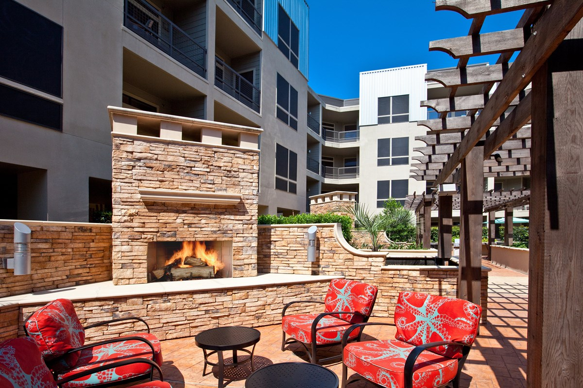 Fire Pit at Listing #145011