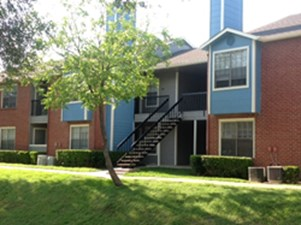 Exterior at Listing #136718