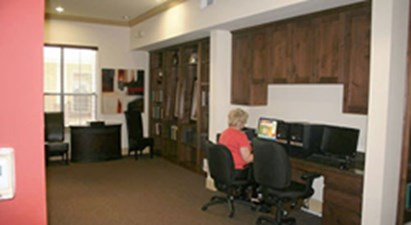 Business Center at Listing #147429