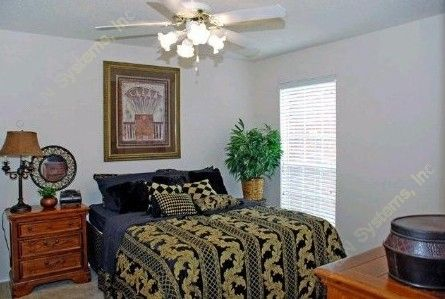 Bedroom at Listing #137527