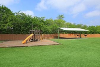 Playground at Listing #140877