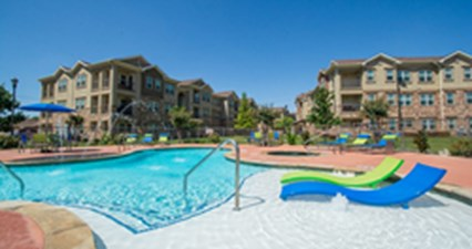Pool at Listing #226595