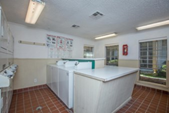 Laundry at Listing #138671
