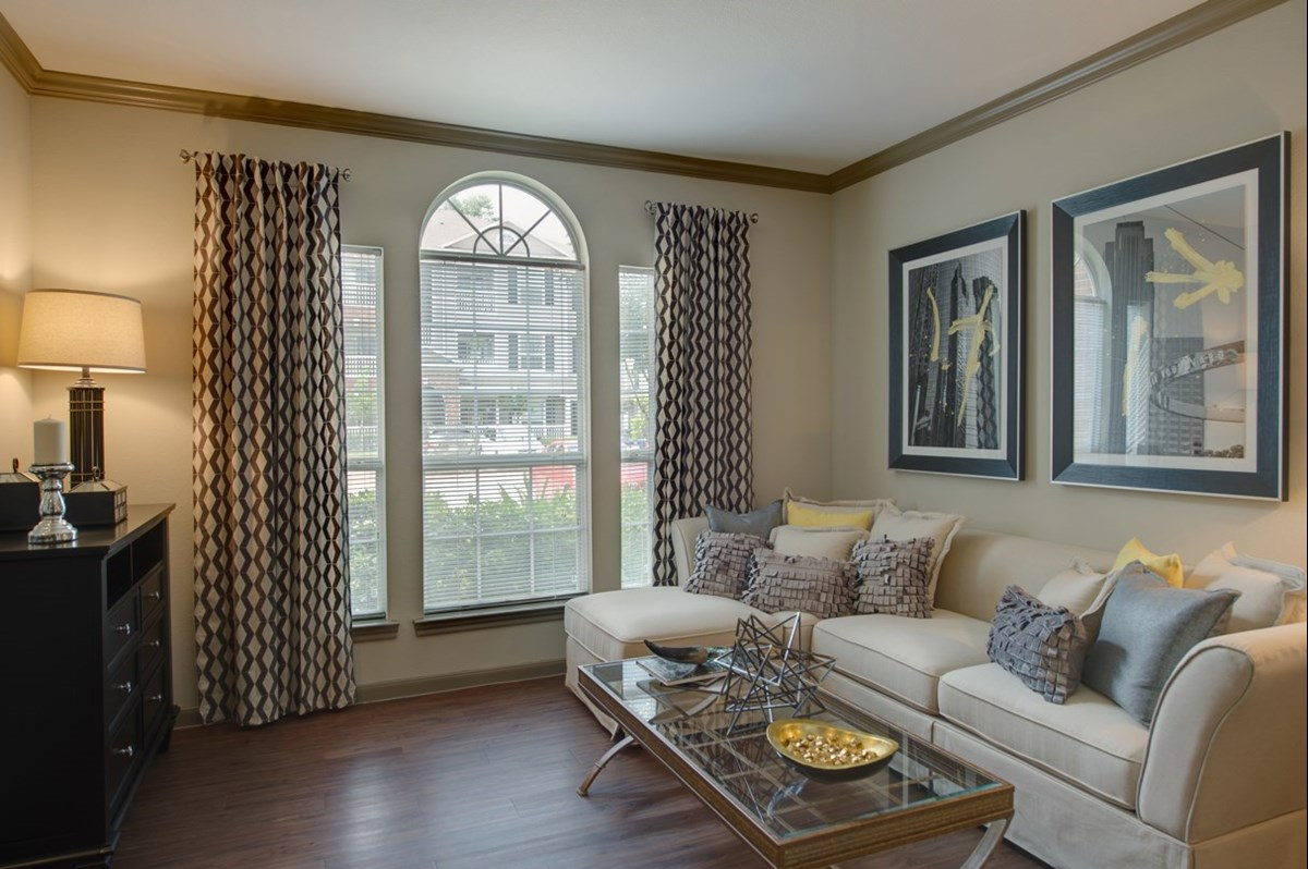 Living at Listing #145145