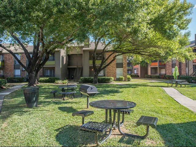 Picnic Area at Listing #139899