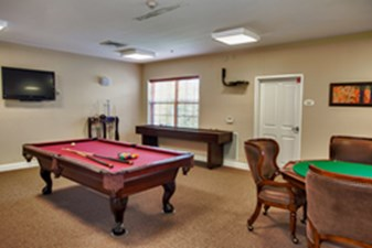 Gameroom at Listing #239020