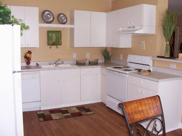 Kitchen at Listing #140102