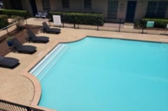 Pool at Listing #140441