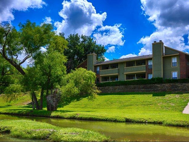 Windridge I & II Apartments Grand Prairie, TX