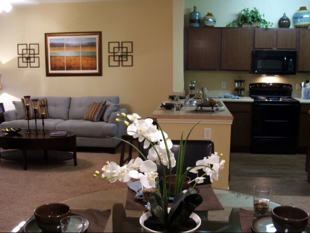 Living/Kitchen at Listing #150535
