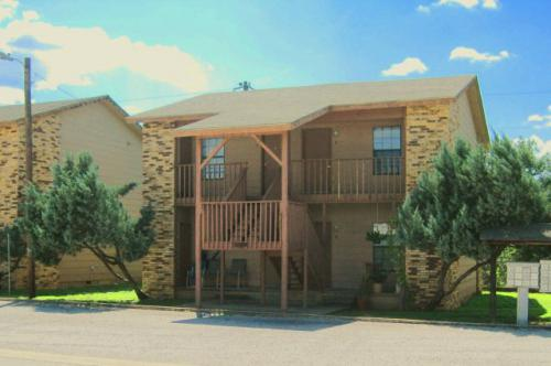Creekside Apartments Marble Falls TX