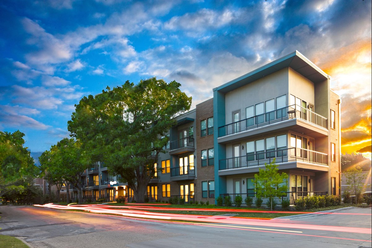 Magnolia at Inwood Village II Apartments Dallas TX