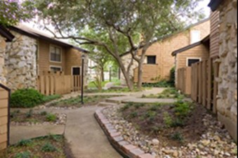 Exterior at Listing #141123