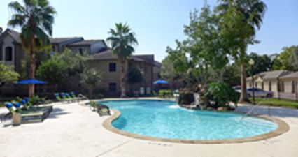 Pool at Listing #143387