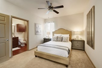 Bedroom at Listing #152804