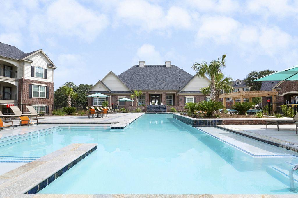 Pool at Listing #275267