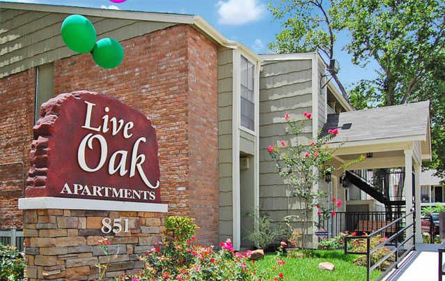 Live Oak Apartments Houston 750 For 1 Amp 2 Bed Apts