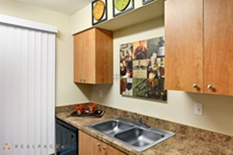 Kitchen at Listing #141183