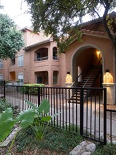 Mesa Verde Apartments Austin 1102 For 1 Amp 2 Bed Apts