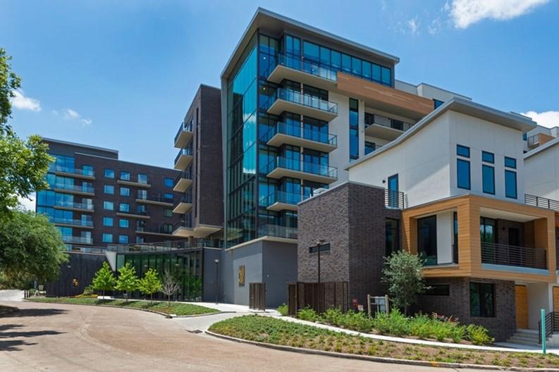 Hayworth Apartments