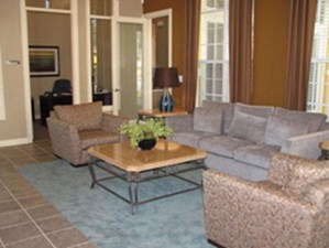 Lounge at Listing #145063