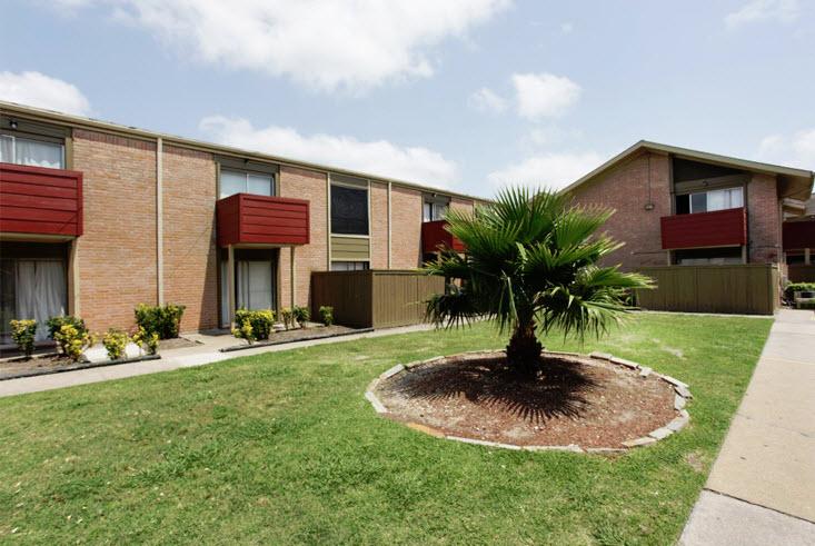 Pelican Pointe Apartments Houston TX