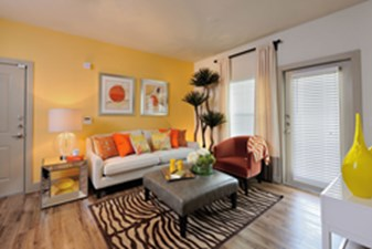 Living at Listing #275063