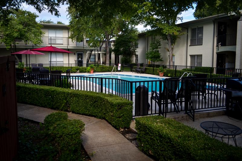Pool at Listing #137308