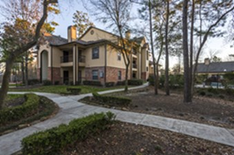 Exterior at Listing #138663