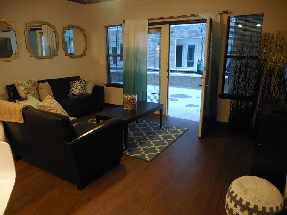 Living at Listing #226901