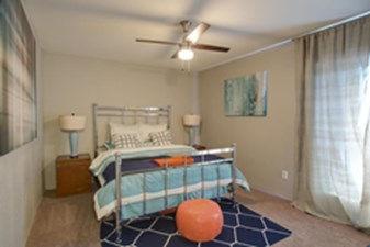 Bedroom at Listing #138928